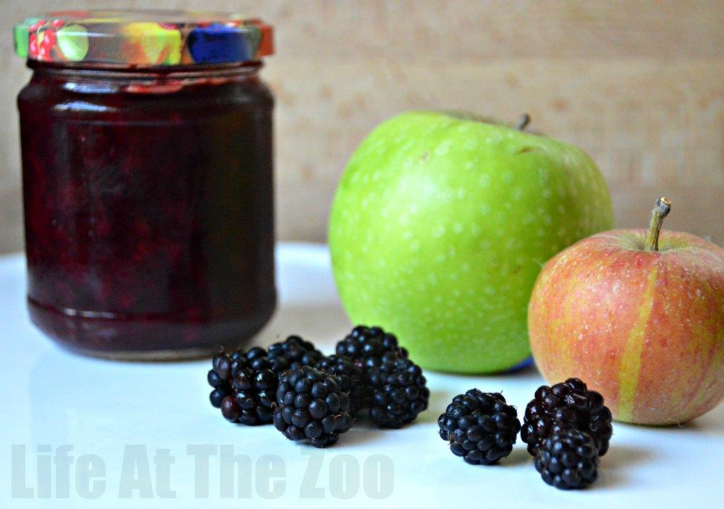 Easy Blackberry And Apple Jam