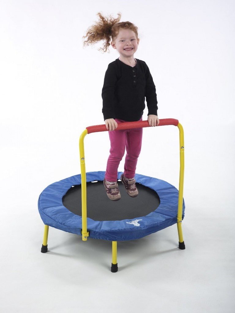 toddler trampolin