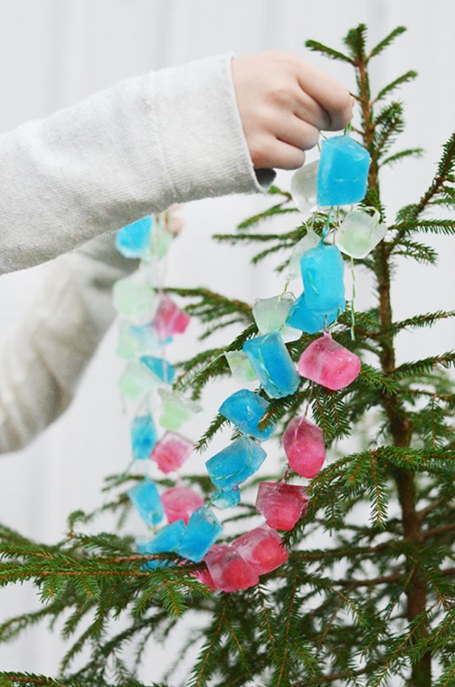 winter-activities-ice-garland-fun