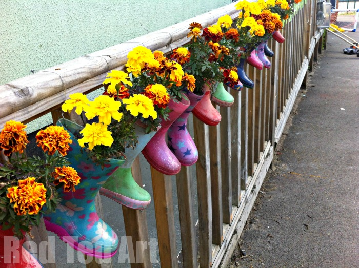 How to make welly plant pots! It is easy and fun and great way to upcycle!