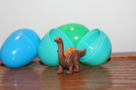 dinosaur-egg-hunt
