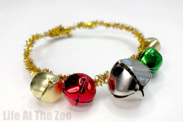Easy Jingle Bracelet - Christmas Crafts for Preschool